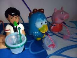 Brinquedos de bolhinha de sabão.