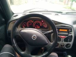 Fiat Palio 2001 completo