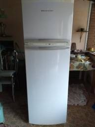 Vende se geladeira Frost Free 410 Brastemp