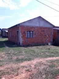Vende-se duas casas por 70.000