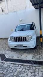 Vende-se jeep cherokee ltd