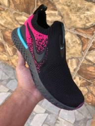 Tenis Nike Epic phantom React $220,00