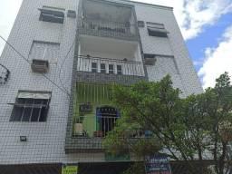 Ótimo apartamento com 3 dormitórios no bairro Macuco em Santos