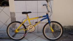 Vendo Bicicleta em bom estado. Gurupi-TO