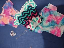 Cropped, blusinha canelada, shorts