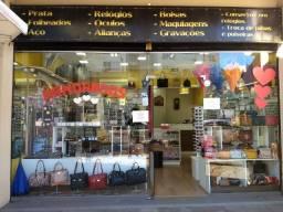 Ponto de loja completo de semi-jóias, bijus e acessórios em pleno funcionamento