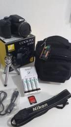 CÂMERA NIKON B500 + CASE DE OMBRO + SD 32GB + PILHAS RECARREGÁVEIS + TRIPÉ DE MESA