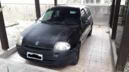 Clio RL 1.0 8v 4p Hatch 2001 gasolina apenas venda