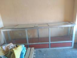Vendo balcão de vidro