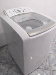 Máquina de lavar Electrolux 12kg