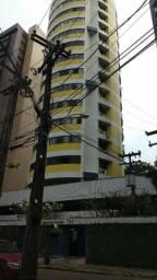 Apartamento em Parnamirim 2,600