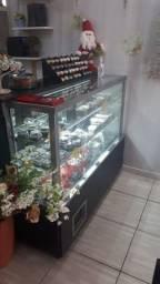 Balcão refrigerado para doces