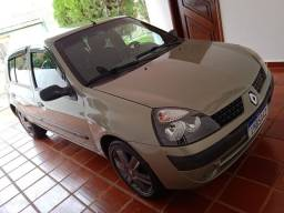 Renaul Clio Hatch 1.6 2005