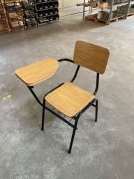 Cadeiras de estudante