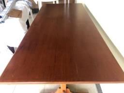 Mesa de madeira desmontável com 1 banco