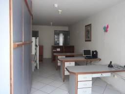 Excelente Sala com 30m², no Joaquim Barreto de Araújo no Comercio