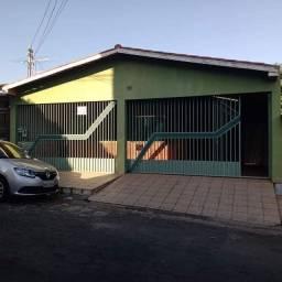 Título do anúncio: Casa de 2 quartos na Vila Redenção - Goiânia - Goiás
