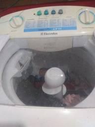 Título do anúncio: Vendo Máquina de lavar roupas Eletrolux 11kl