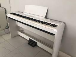 Título do anúncio: Piano digital, Yamaha.