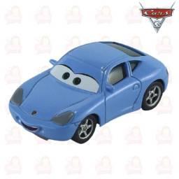Título do anúncio: Sally Filme Carros Disney Miniatura Mcqueen 1:55