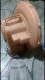 Título do anúncio: Vendo Motor de Brinquedo Inflável 220v e 1 castelinho de bolinhas