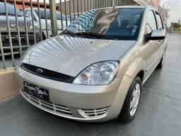 Título do anúncio: Fiesta 1.6 Sedan completo ano 2007 com apenas 28 mil kms