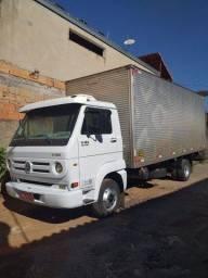 Caminhão 3/4 vw delivery 8,150