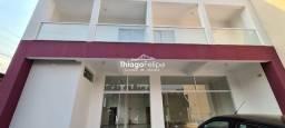 Título do anúncio: Vende - Comercial e Residencial (02 aptos e Salão comercial)