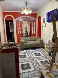 Título do anúncio: Linda Casa c/ 3 suítes/ Cozinha Americana/ 100% na Cerâmica prox. ao Campo do Manoa