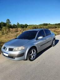 Título do anúncio: Vendo Renault Megane - Muito bem cuidado