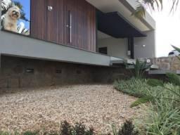 Casa de alto padrão no condomínio Green Park Residence