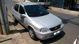 Gm - Chevrolet Corsa Classic 1.0 - 2001