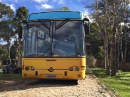 Ônibus com liberação de motor casa - 2000