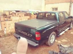 Vendo uma s10 diesel - 2001