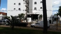 Apartamentos de 3 dormitório(s), Cond. Edificio Mediterraneo cod: 7998