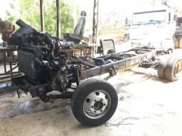 Chassis mb 710 para venda de peças baixado