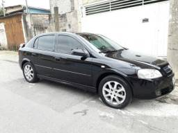 Astra Hatch Advantage 2.0 8V - 2011 - Único Dono