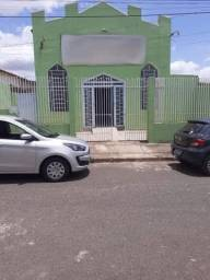 Vendo terreno no bairro Canaã com uma área construída