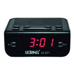 Rádio relógio Am/FM com despertador