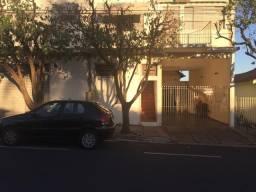 BARBADA - vende-se sobrado com area de comércio com apto nos altos + casa nos findos