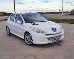 Peugeot 207 XR 1.4 Flex 8v 5p