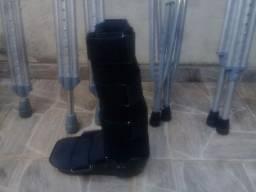 Alugamos e vendemos muletas e botas ortopedicas!