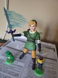 Action figure LINK- zelda breath of the wild