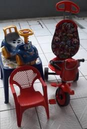 Kit menino triciclolo 2x1 lote sapatinho totoka mesa cadeira