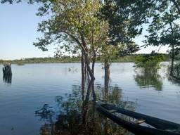 Vivenda Verde terreno  vendo 3000m2. Margem do rio. Tarumã Acu vl 360 mil.