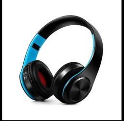 Fone Bluetooth e compatível com micro SD