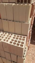 * tijolos de primeira qualidade