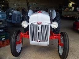 Trator Ford