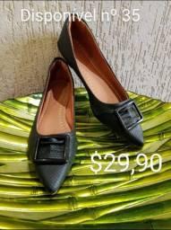 Calçados novos, preços acessíveis.