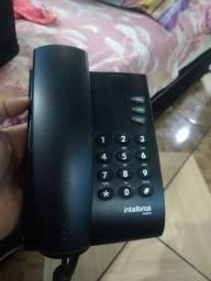 Telefone convencional e um sem fio.